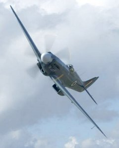 Spitfire Mk19 PS915 - Battle of Britain Memorial Flight
