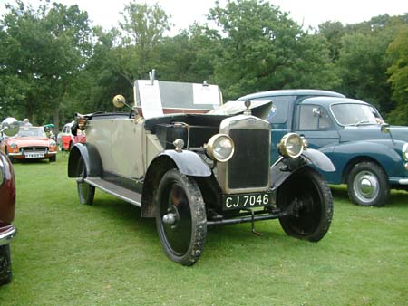 Vintage cars at Horsted Keynes - 16 August 2008 - David Chapell