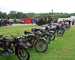Vintage Weekend - Motorcycles - 15 August 2009 - Derek Hayward