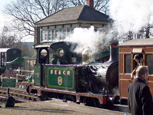 No.753 and HK signal box - John Simmonds - 8 Feb 2009