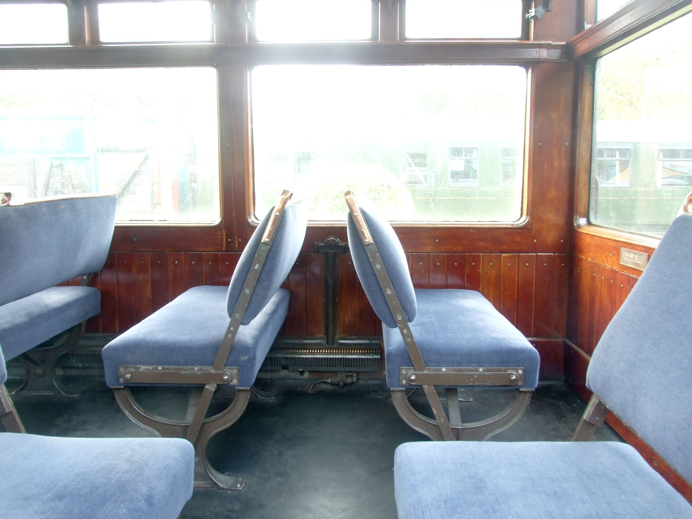 Bluebell Railway Carriages Lnwr Observation Car 1503