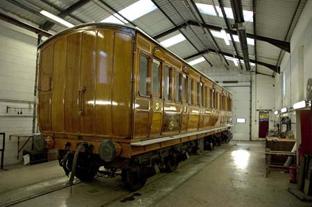 Met 368 in paint shop - 19 November 2008 - Martin Lawrence