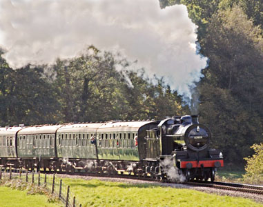 53809 approaches HK - Derek Hayward - 17 October 2008
