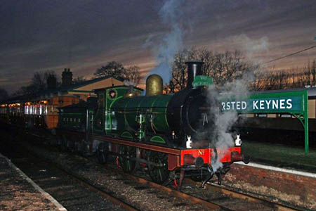 O1 with Victorian Christmas Train - 22 December 2007 - Derek Hayward