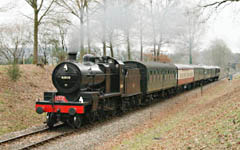 7F approaches Kingscote on Santa Special - 24 December 2008 - Stephen Hunt
