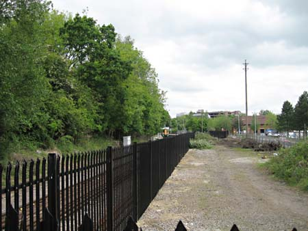 East Grinstead station site - 20 May 2008 - Brian Kidman