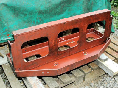 Frame stretchers for the rear of the firebox on 84030