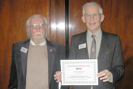 Robin and Ted collect the award - 3 Dec 2008 - Robert Hayward