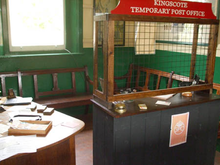 Kingscote temporary post office - 10 May 2008 - Tracey Wheatley