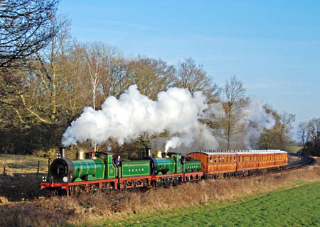 65 and 592 at Sloop Bridge - Derek Hayward - 21 Feb 2009