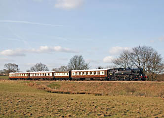 80151 with the Golden Arrow Pullmans - Derek Hayward - 22 March 2009
