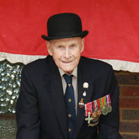 Bernard Holden MBE - 15 August 2009 - Tony Sullivan
