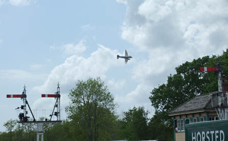 Dakota over Horsted Keynes - 9 May 2009 - Richard Salmon