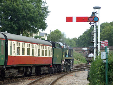Sir Archibald Sinclair departing from Horsted Keynes - 1 August 2009 - Richard Salmon