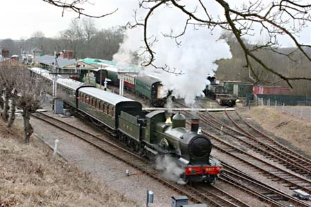 No.9017 leaving Horsted Keynes - Tony Sullivan - 19 Feb 2009