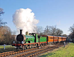 Victorian Train arrives at Kingscote - 2 January 2010 - Derek Hayward