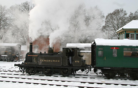 Fenchurch departs from Horsted Keynes with a Santa Special - Dave Clarke - 19 December 2010