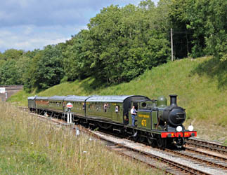 B473 with SR-liveried train - Derek Hayward - 24 July 2010