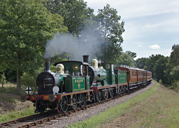 178 and 592 with the Victorian Train - Paul Pettitt - 13 Aug 2011