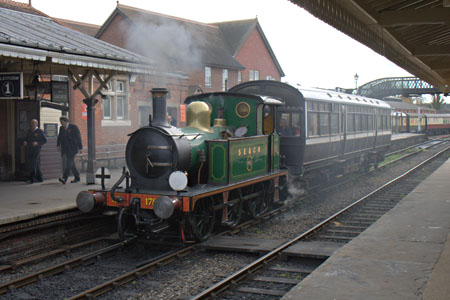 178 at Sheffield Park with the Autumn Tints service - John Sandys - 1 November 2011