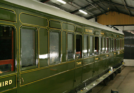Birdcage brake 3363 almost ready to leave the paint shop - Dave Clarke - 29 August 2011