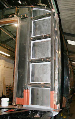 Structural repairs to BR 4941 - Dave Clarke - 12 June 2011
