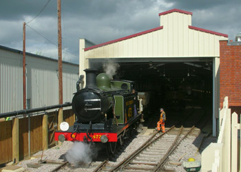 B473 shunting in the new shed - Peter Edwards - 16 Aug 2011