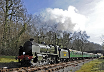 U-class at Leamland bridge - Derek Hayward - 25 March 2012