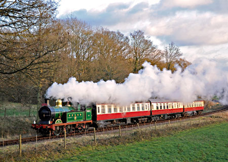 H-class with Wealden Rambler - Derek Hayward - 5 December 2012
