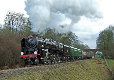 92212 approaches Horsted Keynes with a Santa Special train - Ashley Smith - 16 December 2012