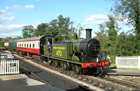 E4 with the Wealden Rambler afternoon tea train - Peter Mason - 29 September 2012