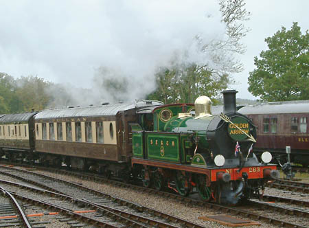 H-class with Golden Arrow at Horsted Keynes - David Chappell - 21 October 2012