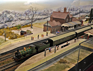 Model railway - Derek Hayward - 8 December 2012