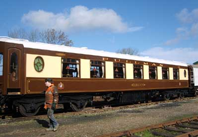 Pullman Lilian shunted out of the carriage works - 1 March 2007 - Andy Prime
