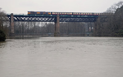 66739 crossing Cooks Pond Viaduct - Nick Slocombe - 28 March 2013