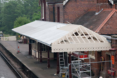 Sheffield Park platform 1 canopy progress - John Sandys - 20 June 2013