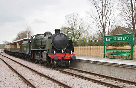 U with Pullman at East Grinstead - John Sandys - 26 April 2013
