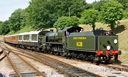U-class arriving at Horsted Keynes - Steve Lee - 29 June 2013