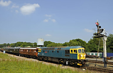 33103 departs from Horsted Keynes - Derek Hayward - 7 July 2013