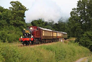 L.150 on an evening Golden Arrow Murder Mystery train - Andrew Strongitharm - 12 July 2013