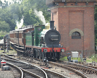 C-class shunts the vintage set - Phil Horscroft - 8 Aug 2013