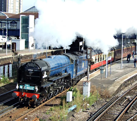 Tornado passes through Clapham Junction en route to Sheffield Park - Richard Salmon - 10 September 2013