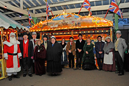 Victorian Christmas team at Horsted Keynes - Derek Hayward - 20 December 2013