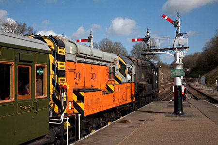 08 and 09 on arrival at Horsted Keynes - John Sandys - 21 March 2014