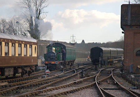 178 shunting at Sheffield Park - John Sandys - 8 March 2012