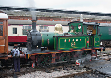 178 at Sheffield Park - Simon Lathwell - May 2012