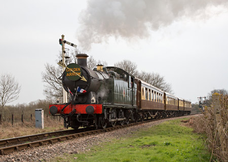 5643 with the Golden Arrow - Sheila Beaumont - 30 March 2014