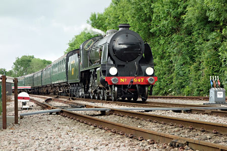 S15 runs in to East Grinstead - Brian Lacey - 4 June 2014