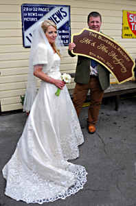 Mr & Mrs Montgomery at Sheffield Park - Derek Hayward - 5 April 2014