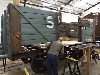Wagon 30004 in the works - Richard Salmon - 6 Sept 2014